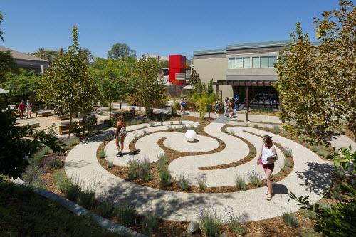 CSU Northridge Oasis Wellness Center
