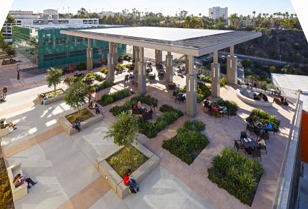 Los_Angeles_Valley_College_3.jpg